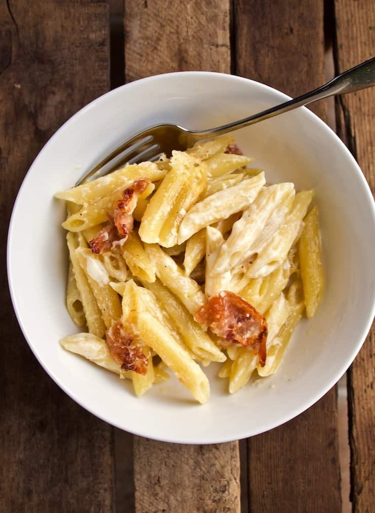 Penne with Prosciutto and Cream