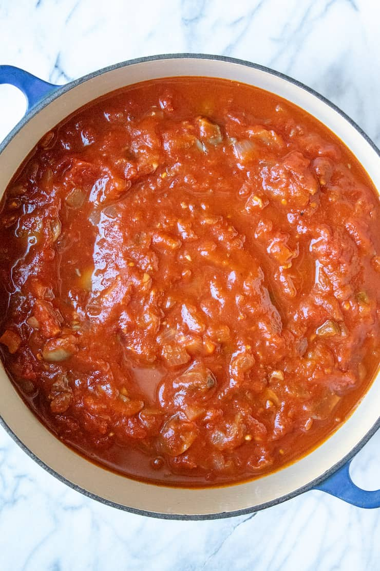 Overhead of pot of sauce.
