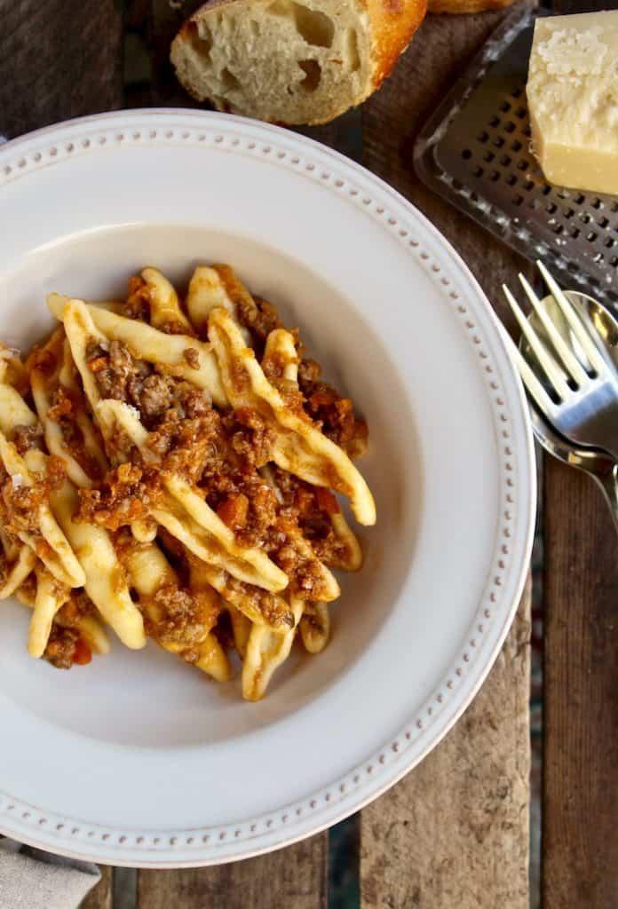 Classic Bolognese Ragù Recipe