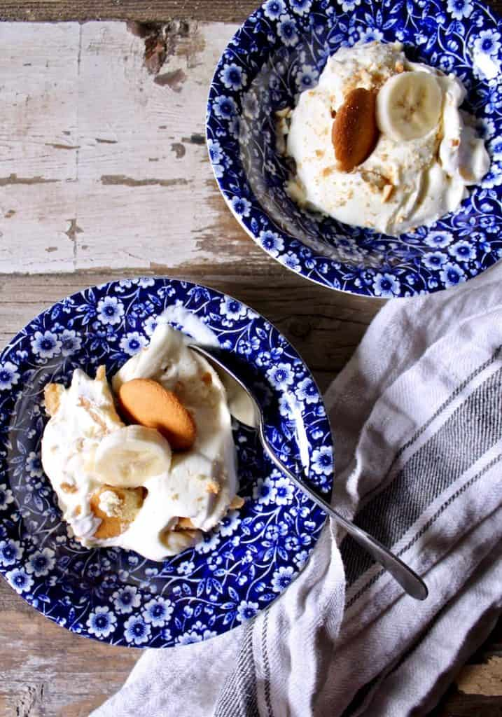 Magnolia Bakery's Famous Banana Pudding, single servings in blue dessert dishes